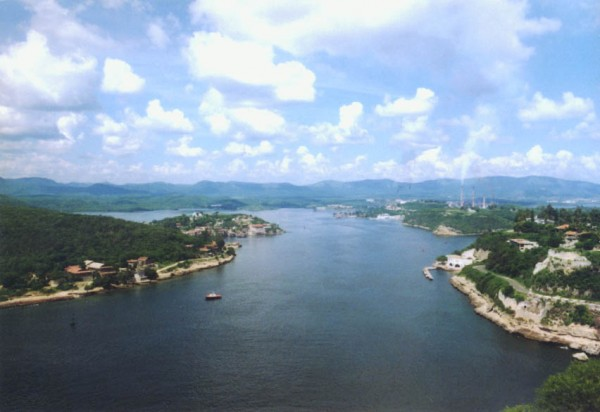 Bay of Santiago de Cuba Alex Barth/Flickr